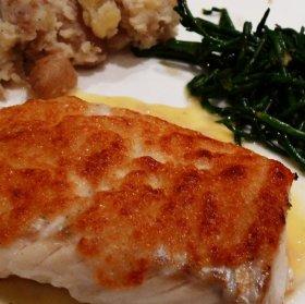 Touraine sauvignon blanc food matching: cod, tomme de chevre crust, samphire and crushed potato