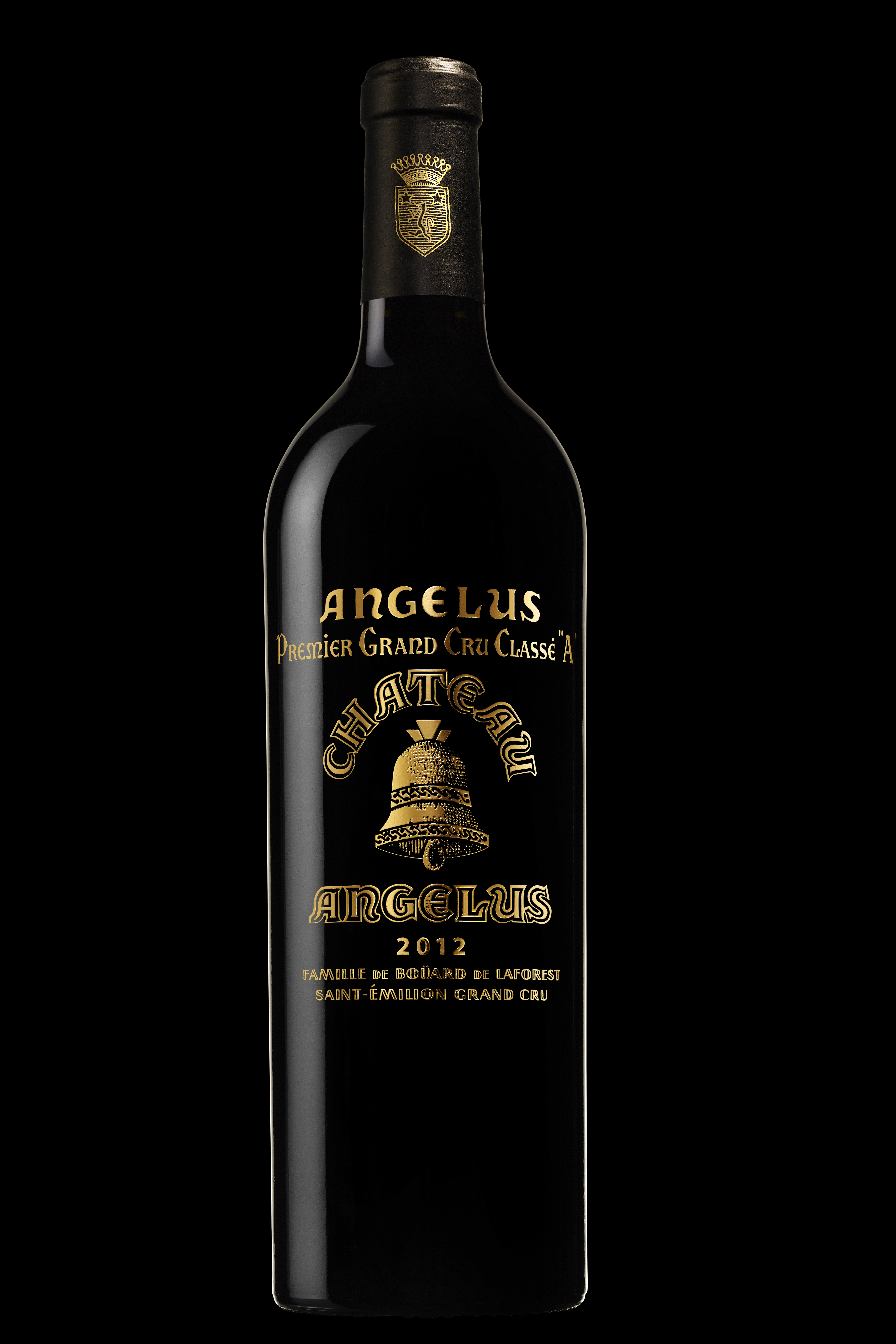 family photo clothes idea - Château Angélus gold label a terrible disappointment in